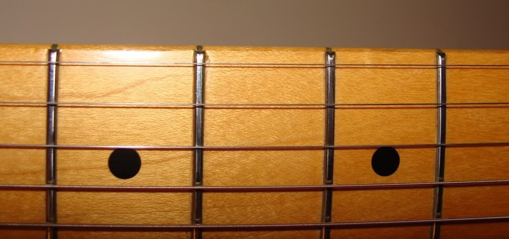 Rolled Stratocaster Fingerboard Edge